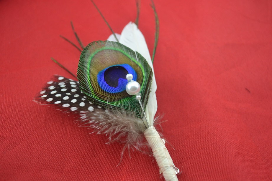 14pcs/lot Natural feather boutonnieres for peacock themed wedding elegance bridal bouquet accessories